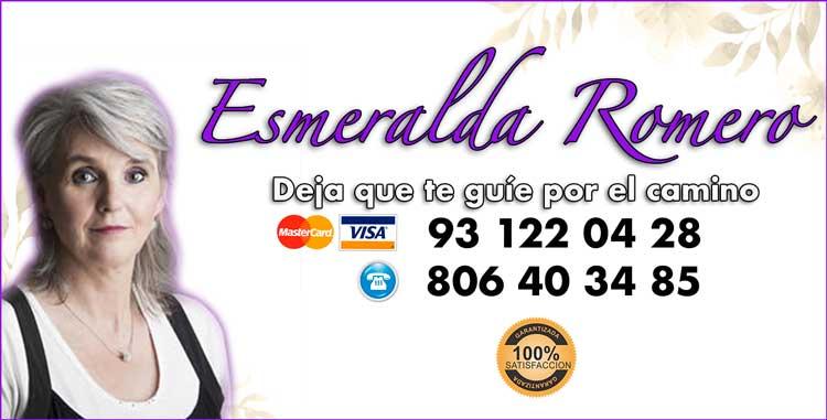 Esmeralda ROMERO - Tarotista buena recomendada por sus aciertos